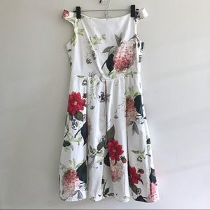 White Pleated Floral ASOS Dress sz 8